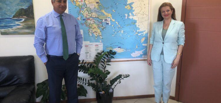 Στελέχωση των νοσοκομείων της Ηλείας με επτά νέους μόνιμους γιατρούς | Επίσκεψη Αυγερινοπούλου στον Διοικητή της 6ης ΥΠΕ
