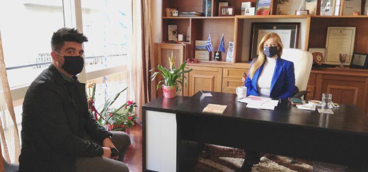 Στήριξη της Δ. Αυγερινοπούλου προς το Συμβουλευτικό Κέντρο Γυναικών στον Πύργο –  «Μια γυναίκα με γνώσεις και δουλειά που της αξίζει μπορεί να προασπίσει καλύτερα τον εαυτό της και την οικογένειά της»